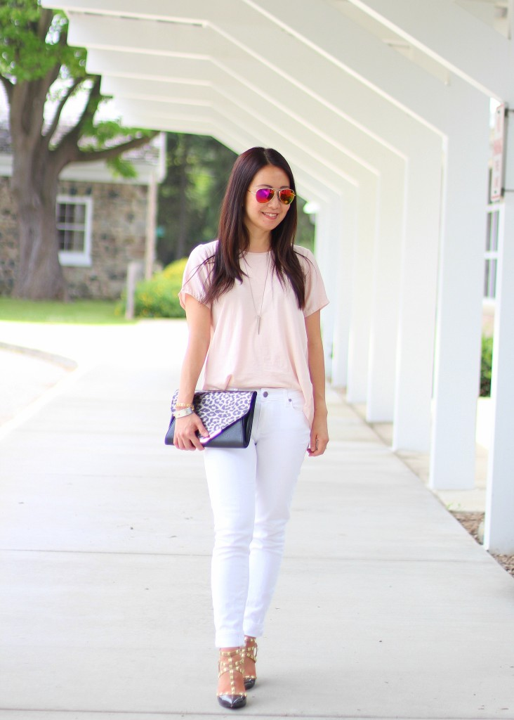 summer uniform, summer fashion, casual, white jeans, studded heels, pink tee, leopard clutch