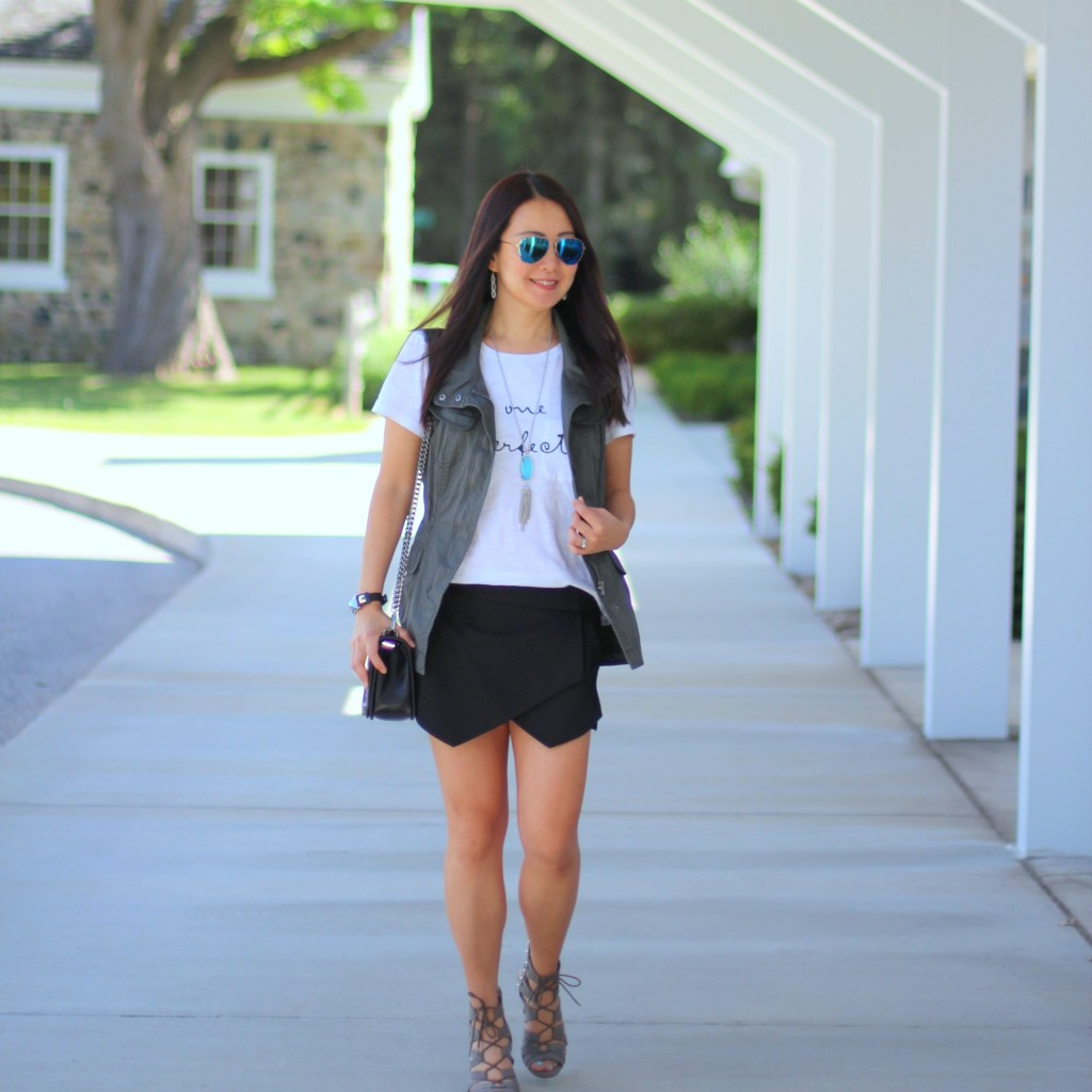 Forever 21 No One is Perfect Tee, Zara skort, utility vest, olive, black, Rebecca Minkoff crossbody, Kendra Scott necklace, turquoise, lace up sandals, summer fashion