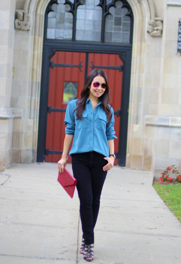 jewel tones, Fabrizio Gianni, teal blouse, burgundy clutch, fall colors, black skinny jeans, workwear, dressy casual, GUESS wedge sandals